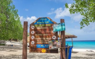Playa Kenapa Kiki (Public Domain | Pixabay)  Public Domain  Informazioni sulla licenza disponibili sotto 'Prova delle fonti di immagine'